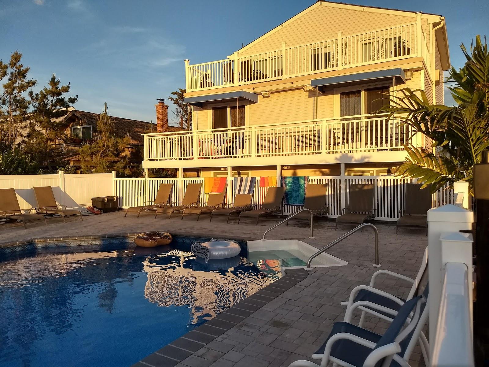 driftwood motel point pleasant beach new jersey tripcarta. Black Bedroom Furniture Sets. Home Design Ideas