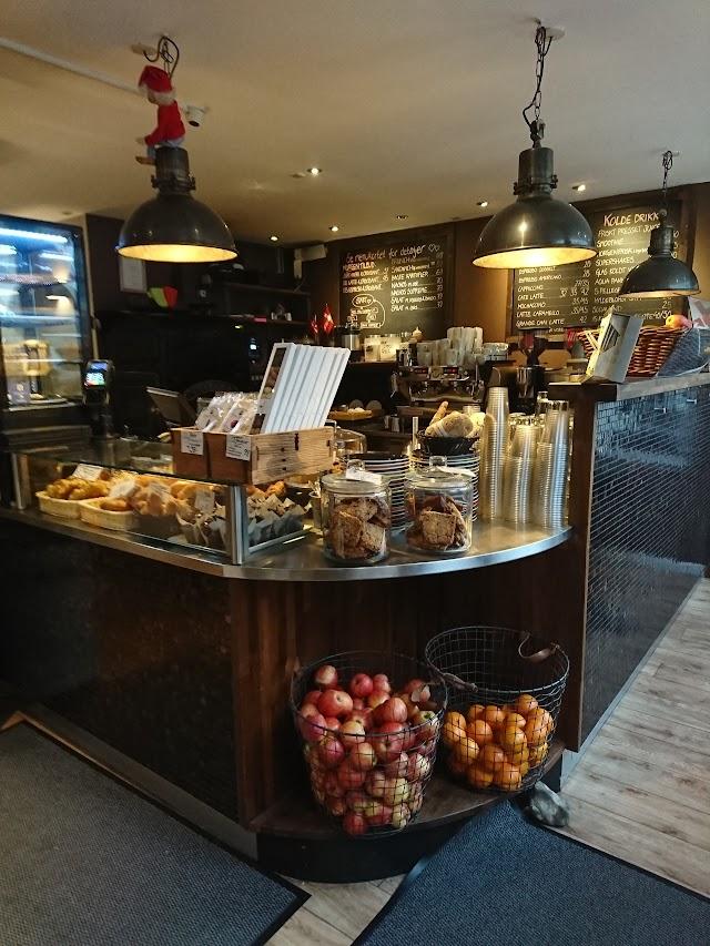 Cafe Karisma
