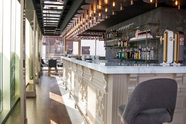 El Buho Restaurante Sky Bar