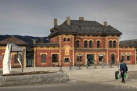 Железнодорожная станция  Lillehammer stasjon