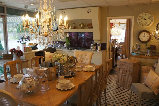Mad Dogs Kitchens and Interiors
