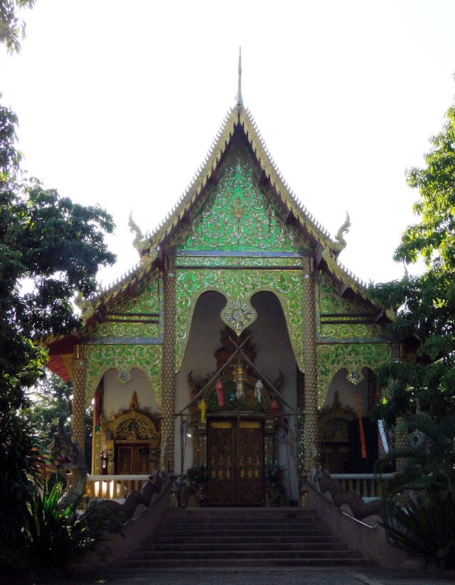 Wat Rong Khum