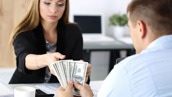Instant Cash Traverse City Payday Loans Picture