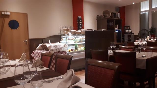 Café-Restaurant Chez Luis