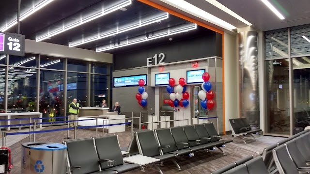 Boston Logan International Airport - Terminal C Arrivals