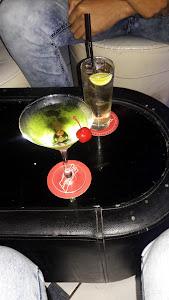 The New York Lounge 9