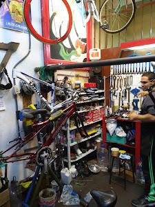 El Piñon Loco - Taller de bicicletas 7