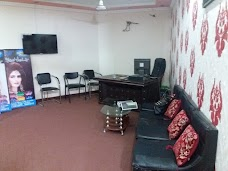 Medley Beauty Saloon, Boutique and Ladies GYM lahore
