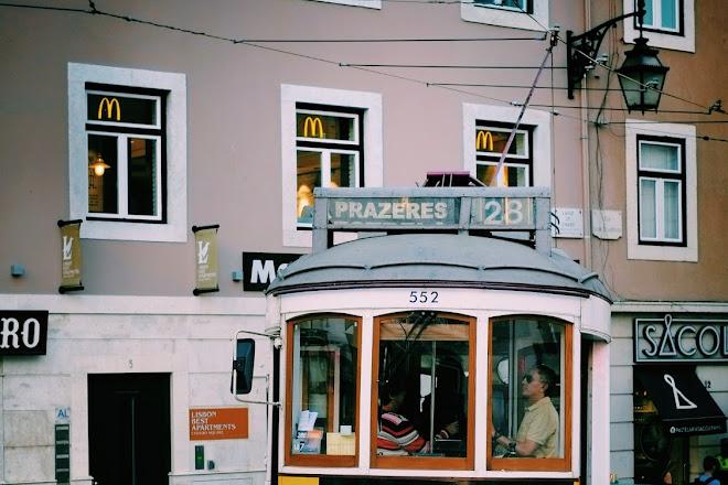 Pubcrawl Madness Lisboa, Lisbon, Portugal