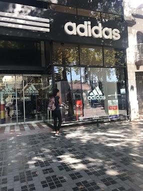 🕗 Adidas Outlet Mendoza horarios b91d3859a07