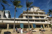 Fort DeRussy Beach Park, Honolulu, United States