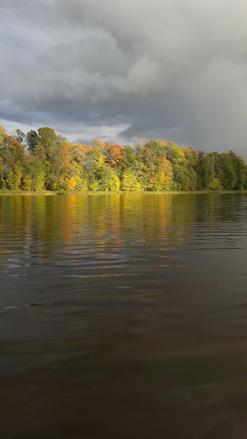 Āsteres ezers