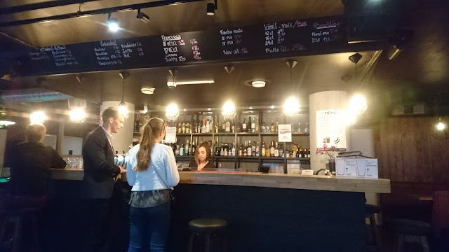 Vivian's Kitchen & Bar