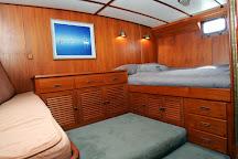 Whitsunday Luxury Sailing Holiday, Hamilton Island, Australia