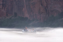 Colorado River Discovery, Page, United States