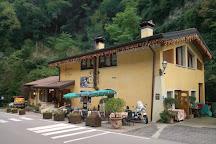 Strada della Forra, Tremosine sul Garda, Italy