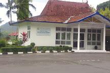 Waduk Sermo, Kulon Progo, Indonesia