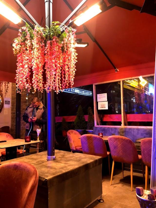 Rozay Lounge