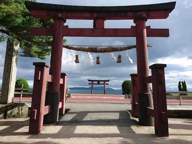 Torii in the Biwa Lake