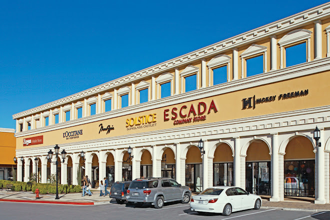 Visit San Marcos Premium Outlets on your trip to San Marcos