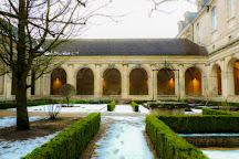 Ensemble abbatial Saint-Martin, Laon, France