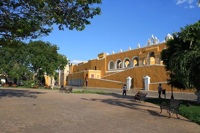 El Atrio del Convento de Izamal