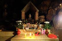 Wat Tham Chiang Dao Temple, Chiang Dao, Thailand