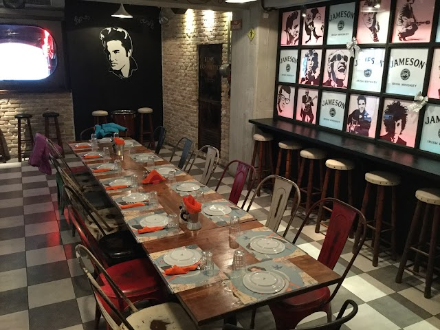 Rock n Roll Music Diner