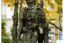Statue de Mihai Eminescu, Paris, France