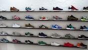 WILL WALK - интернет магазин кроссовок и кед, улица Октябрьской Революции, дом 12 на фото Смоленска
