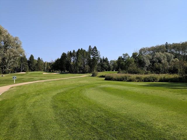 Falcon Lake Golf Course