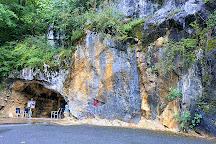 Grottes d'Oxocelhaya et d'Isturits, Saint-Martin-d'Arberoue, France