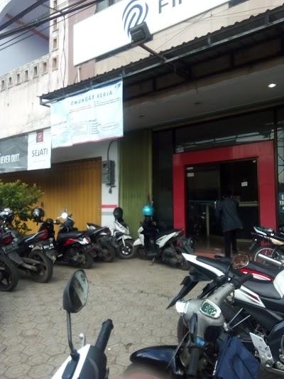 Fif Group Jawa Timur 62 822 4400 0572