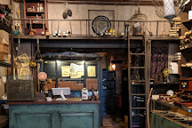 Wynott's Wands, Salem, United States
