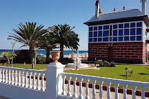 Casa Juanita - The Blue House, Arrieta, Spain