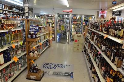The Hut Liquors #1 Discount Liquors Store in Oak Grove KY