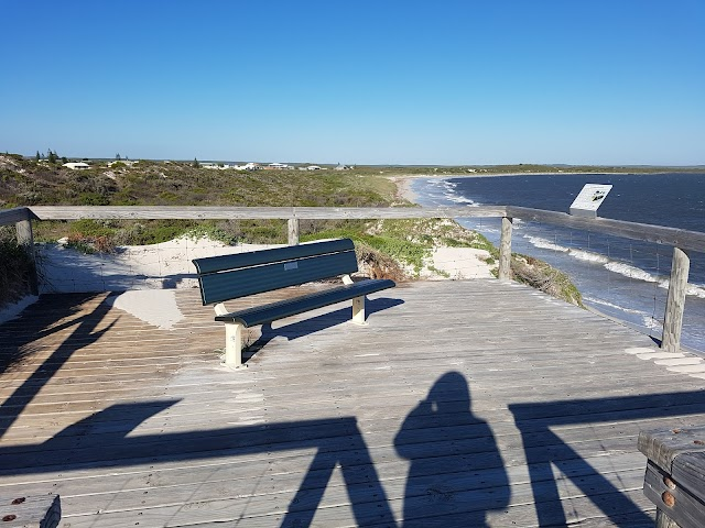 Thirsty Point lookout