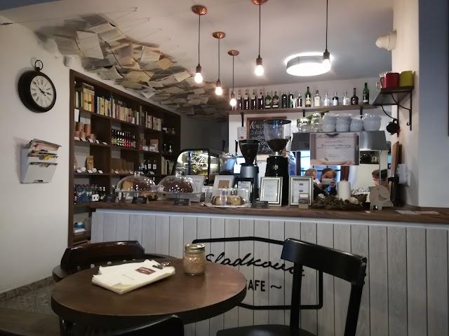 Cafe Sladkovic