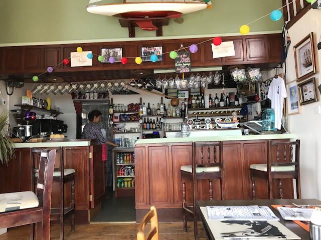 Boardwalk Cafe Bar and Restaurant Clifden