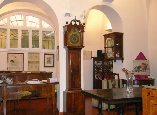 Veneziano Antiques/Andrea Veneziano Antichità