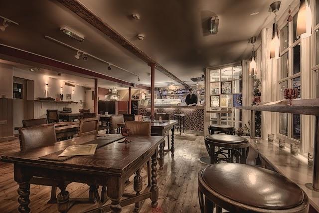EL CORTADOR Tapas Bar