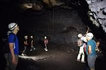 Tunnels de lave Reunion: Volcanorun, Saint-Philippe, Reunion Island