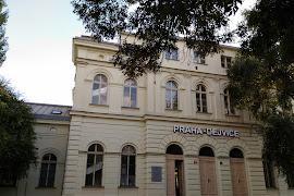Железнодорожная станция  Praha Dejvice