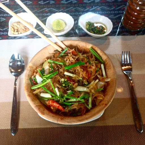 R9 Thai Restaurant
