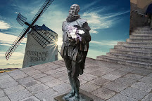 Estatua de Miguel de Cervantes, Toledo, Spain