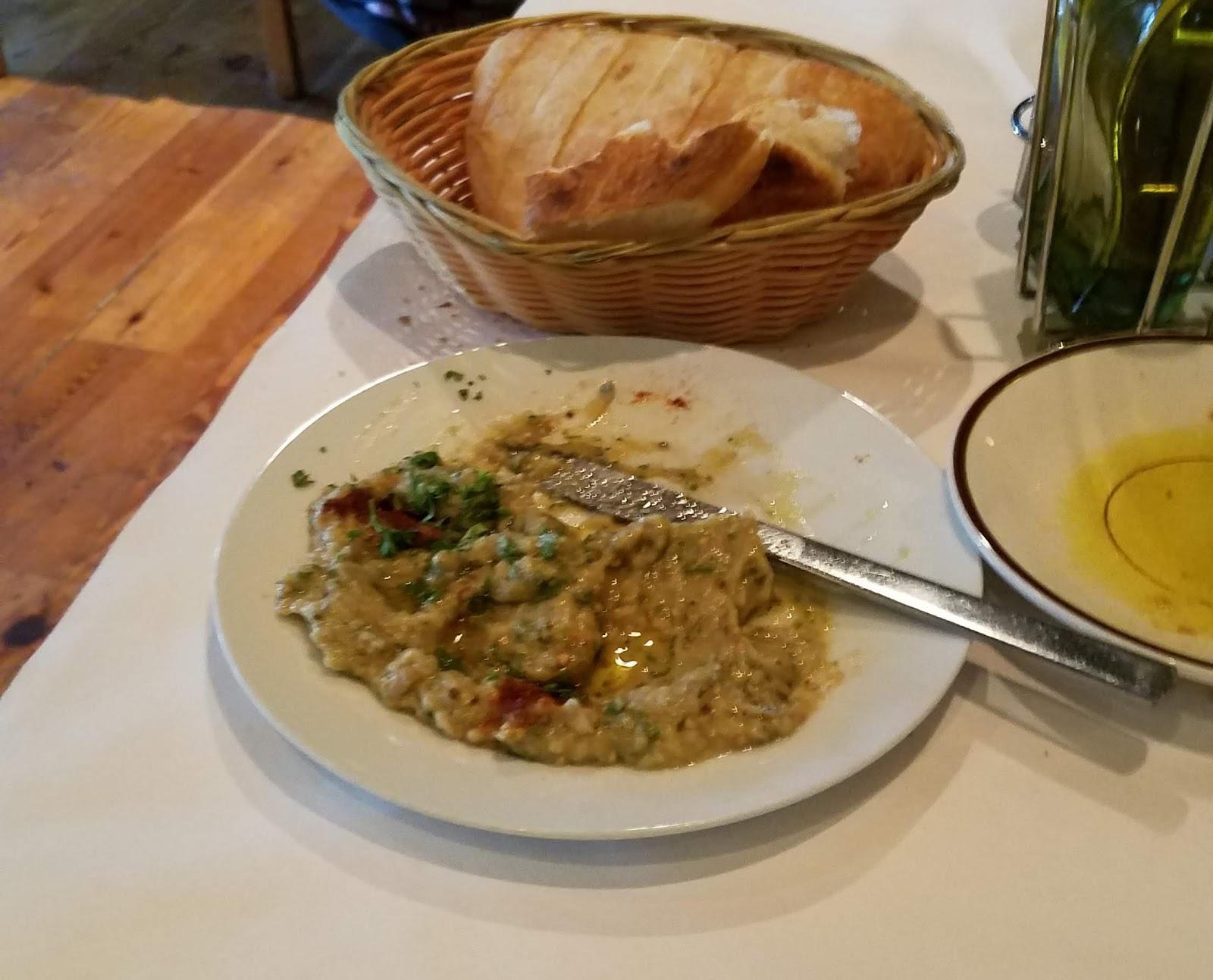 Oliva Restaurant & Gin