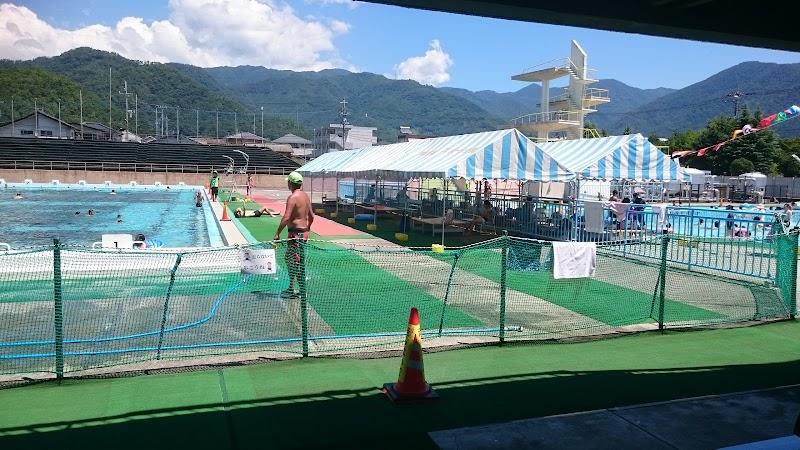 緑が丘スポーツ公園水泳プール