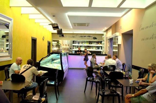 Golden Coffee Lounge Restaurant Cagliari