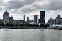 Le Petit Navire, Montreal, Canada