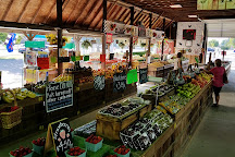 Dean and Don's Farmer's Market, Newport News, United States